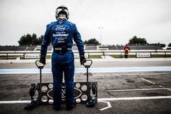 Mecánico en el #67 Ford Chip Ganassi Racing Team UK Ford GT: Marino Franchitti, Andy Priaulx, Harry
