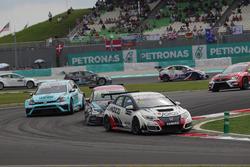 Gianni Morbidelli, Honda Civic TCR, WestCoast Racing y Mato Homola, Seat Leon, B3 Racing Team Hungary