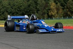 #24 Hesketh 308E (1975): Frank Lyons