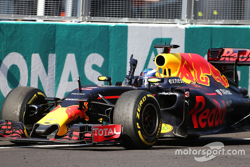 1. Daniel Ricciardo, Red Bull Racing RB12