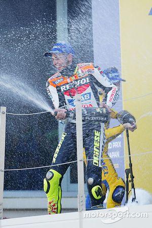 Podium: Sieger Valentino Rossi, Repsol Honda Team