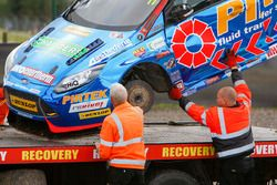 L'auto di Andrew Jordan, Motorbase Performance dopo l'incidente