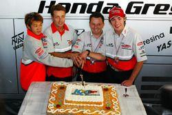 Daijiro Kato, Fortuna Honda Gresini celeberate the 100th GP of the Team Gresini