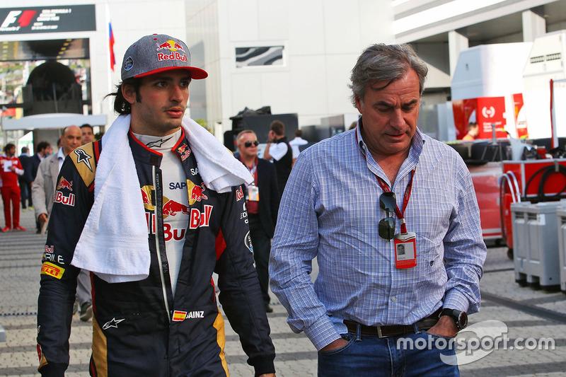 Carlos Sainz Jr., Scuderia Toro Rosso con su padre Carlos Sainz