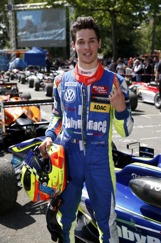 Alessio Lorandi, Carlin Dallara F312 – Volkswagen