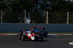 Alexander Albon, ART Grand Prix leads Oscar Tunjo, Jenzer Motorsport