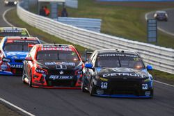 Fabian Coulthard, Team Penske Ford, et Garth Tander, Holden Racing Team