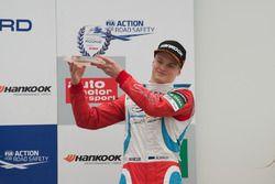 Podium des rookies : Ralf Aron, Prema Powerteam Dallara F312 – Mercedes-Benz