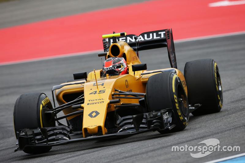 Esteban Ocon prune el R16 de Renault Sport F1 Team, en la PL1 del GP de Alemania 2016