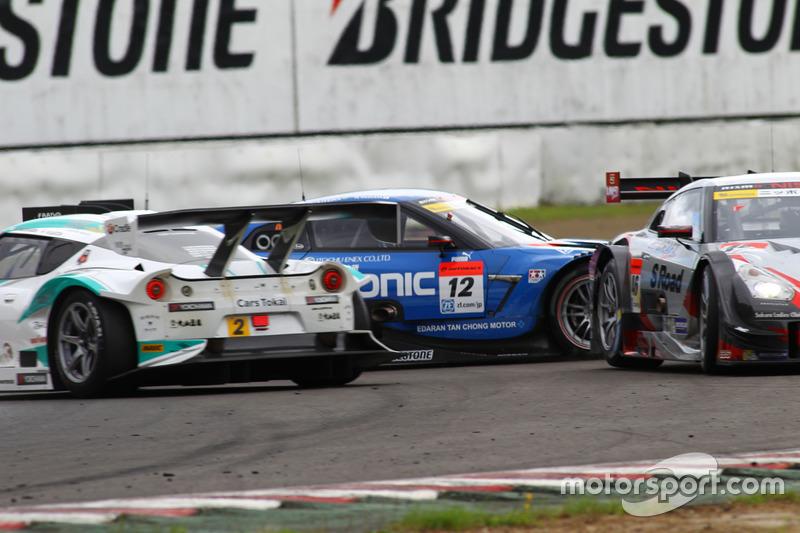 Авария в гонке Super GT