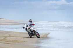 CS Santosh, Hero MotoSports Team Rally at Mandvi beach in Kutch