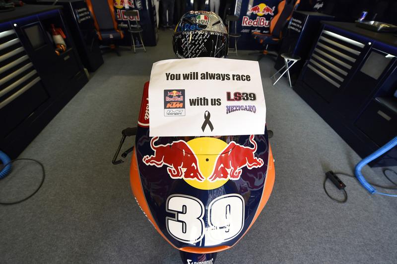 Red Bull KTM garage with Luis Salom bike