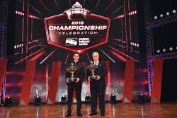 Champion Simon Pagenaud, Team Penske Chevrolet with Roger Penske