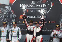 Podium: ganadores, #88 AKKA ASP Mercedes AMG GT3: Tristan Vautier, Felix Rosenqvist
