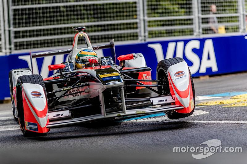 Bruno Senna, que largou em segundo, conseguiu se manter bem durante a corrida e terminou em segundo, obtendo o melhor resultado da carreira na F-E.