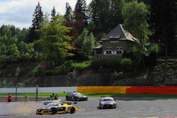 #14 V8 Racing Renault RS01: Nicky Pastorelli, Joshua Webster