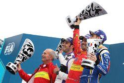Podium : le vainqueur Lucas di Grassi, ABT Schaeffler Audi Sport, le deuxième, Jean-Eric Vergne, DS Virgin Racing, le troisième, Sébastien Buemi, Renault e.Dams
