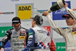Podium : le deuxième, Joel Eriksson, Motopark Dallara F312 – Volkswagen; le vainqueur Ben Barnicoat, HitechGP Dallara F312 – Mercedes-Benz; le troisième, Lance Stroll, Prema Powerteam Dallara F312 – Mercedes-Benz
