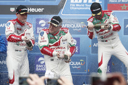 Podium: race winner Rob Huff, Honda Racing Team JAS, Honda Civic WTCC, second place Norbert Michelisz, Honda Racing Team JAS, Honda Civic WTCC, third place Tiago Monteiro, Honda Racing Team JAS, Honda Civic WTCC