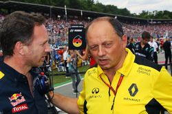 Christian Horner, Red Bull Racing Team Principal with Frederic Vasseur, Renault Sport F1 Team Racing Director on the grid