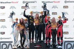 PC-Podium: Sieger Robert Alon, Tom Kimber-Smith, PR1 Mathiasen Motorsports; 2. Jon Bennett, Colin Br
