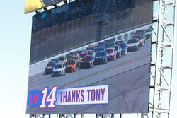 Tony Stewart thanks from the fans