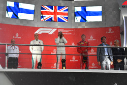 Dr. Dieter Zetsche, CEO of Daimler AG, Valtteri Bottas, Mercedes-AMG F1, Lewis Hamilton, Mercedes-AMG F1 and Kimi Raikkonen, Ferrari on the podium