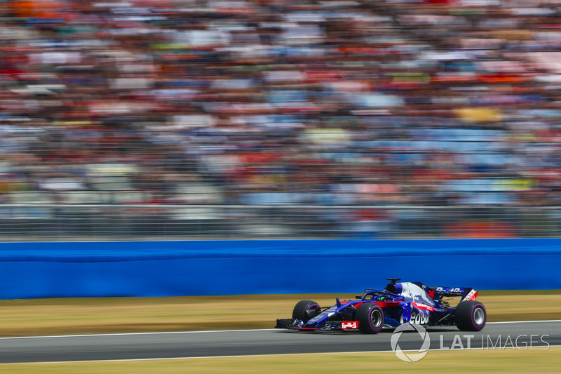 17: Brendon Hartley, Toro Rosso STR13, 1'14.045