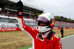 Sebastian Vettel, Ferrari, fête sa pole position