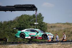 L'auto di Nico Müller, Audi Sport Team Abt Sportsline, dopo l'incidente