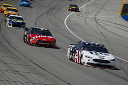 Brad Keselowski, Team Penske, Ford Fusion Stars, Stripes, and Lites, Kurt Busch, Stewart-Haas Racing, Ford Fusion Haas Automation