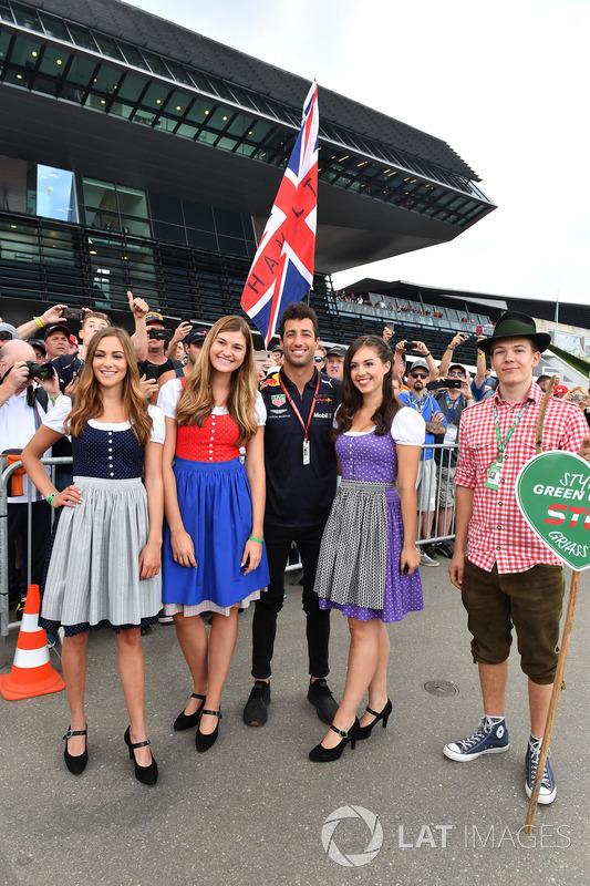 A Red Bull lányai a Red Bull Ringről - F1 2018 - Osztrák Nagydíj