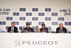 Карлос Сайнс и Лукас Крус, Peugeot Sport
