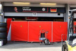 Le garage Ferrari protégé par des écrans