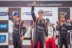 Second place Thierry Neuville, Nicolas Gilsoul, Hyundai Motorsport