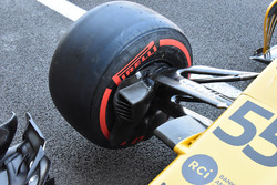 Suspension avant de la Renault Sport F1 Team RS17