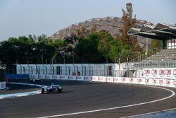 Sébastien Buemi, Renault e.Dams, leadsLucas di Grassi, Audi Sport ABT Schaeffler