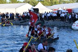 Sauber alla gara di raft