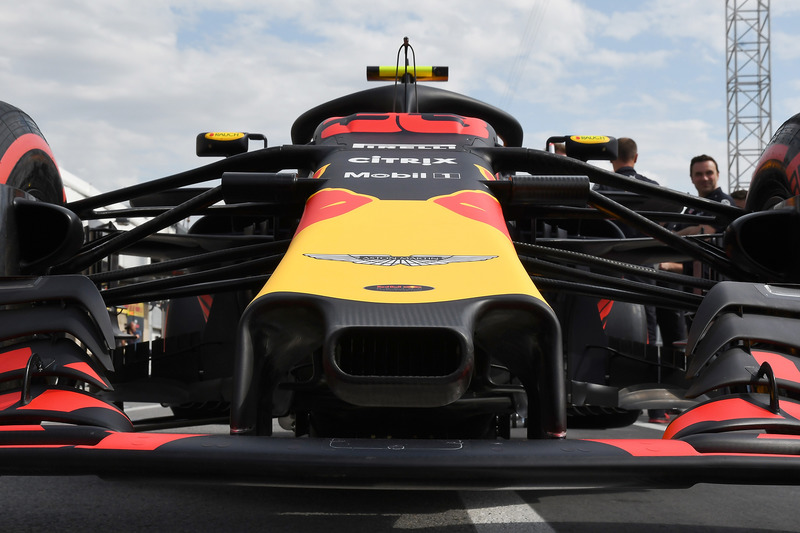 Red Bull Racing RB14 detalle de la nariz