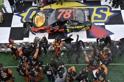 Martin Truex Jr., Furniture Row Racing, Toyota Camry Bass Pro Shops/5-hour ENERGY wins