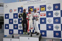 Podio Rookie Gara 1: il secondo classificato Nicola Neri, Kinetic Racing Team, il vincitore Lorenzo Pegoraro, Best Lap, il terzo classificato Claudio Giudice, Scuderia Giudici
