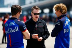 Brendon Hartley, Toro Rosso, met techneuten