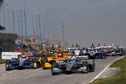 Start zum Kohler Grand Prix in Elkhart Lake 2018: Josef Newgarden, Team Penske Chevrolet, Alexander Rossi, Andretti Autosport Honda