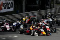 Dan Ticktum, Motopark Dallara F317 - Volkswagen leads