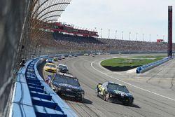 Ricky Stenhouse Jr., Roush Fenway Racing, Ford Fusion Ford, Chris Buescher, JTG Daugherty Racing, Ch