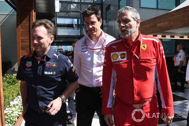 Christian Horner, Red Bull Racing Team Principal, Toto Wolff, Mercedes AMG F1 Director of Motorsport
