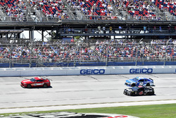 Ford Mustang Pace Car, Trevor Bayne, Roush Fenway Racing, Ford Fusion AdvoCare, Kyle Larson, Chip Ganassi Racing, Chevrolet Camaro Credit One Bank