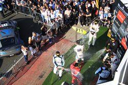 Podyum Pro-AM: winners #49 Ram Racing Mercedes-AMG GT3: Salih Yoluc, Euan Hankey, Darren Burke, second place #42 Strakka Racing Mercedes-AMG GT3: Nick Leventis, Chris Buncombe, Lewis Williamson, third place #51 AF Corse Ferrari 488 GT3: Duncan Cameron, Matt Griffin
