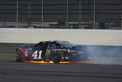 Kurt Busch, Stewart-Haas Racing Ford Fusion na crash