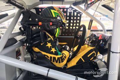 Teste de Marcos Gomes na NASCAR
